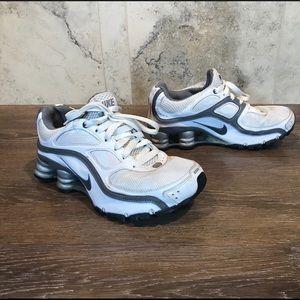Nike Shox Turbo 9, Size 5.5